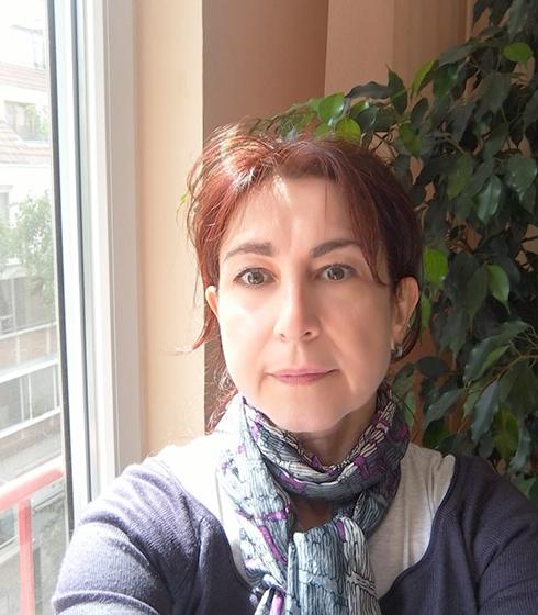 Савелина Данова